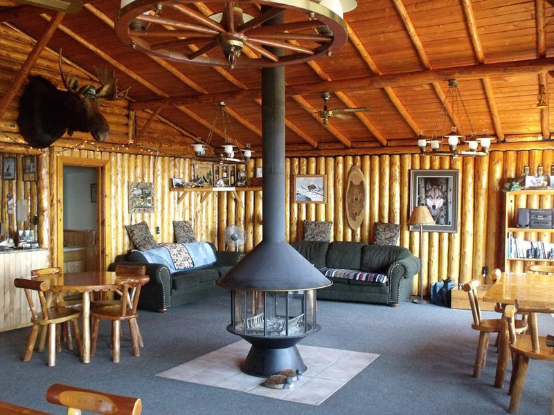 main-lodge-feature-photo